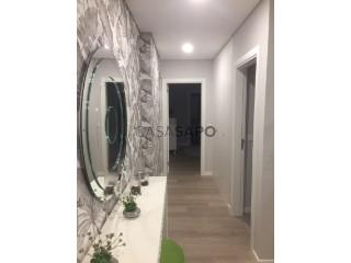 Ver Apartamento T2 com garagem, Águas Livres na Amadora
