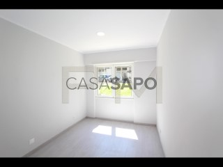 See Apartment 3 Bedrooms in Odivelas