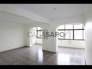 Voir Appartement 5 Pièces, Gago Coutinho (São João de Brito), Alvalade, Lisboa, Alvalade à Lisboa