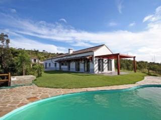 Voir Maison Isolée 4 Pièces+1 Avec piscine, Parque Natural da Arrábida, Palmela, Setúbal à Palmela