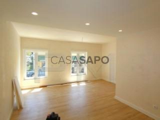 See Apartment 2 Bedrooms with garage, Almada, Cova da Piedade, Pragal e Cacilhas in Almada