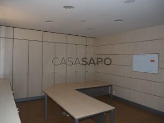 Ver Atelier  com garagem, Póvoa de Santa Iria e Forte da Casa em Vila Franca de Xira