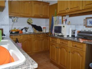 Ver Apartamento 5 habitaciones, Santo António dos Cavaleiros e Frielas en Loures