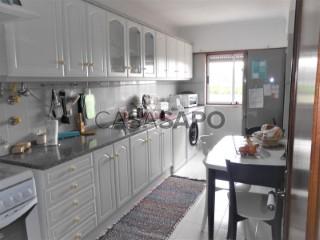 See Apartment 2 Bedrooms, Galamares (Belas), Queluz e Belas, Sintra, Lisboa, Queluz e Belas in Sintra