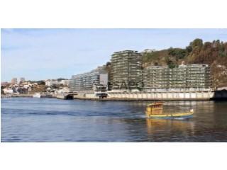 Ver Apartamento T3 com garagem, Lordelo do Ouro e Massarelos no Porto