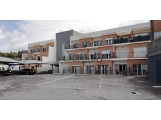 Ver Apartamento T1, Alcobaça e Vestiaria em Alcobaça