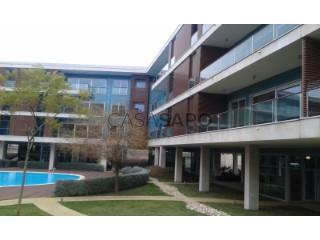 Ver Apartamento T4 com garagem, Sacavém e Prior Velho em Loures