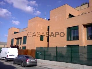 Ver Piso 3 habitaciones con garaje en Arroyo de la Encomienda