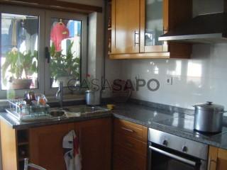 Voir Appartement 3 Pièces, Baixa (Santa Cruz), Sé Nova, Santa Cruz, Almedina e São Bartolomeu, Coimbra, Sé Nova, Santa Cruz, Almedina e São Bartolomeu à Coimbra