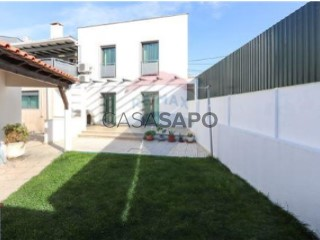 See Apartment 3 Bedrooms, Sarilhos Grandes in Montijo