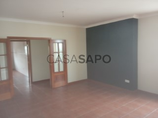 Voir Maison 4 Pièces Duplex, Centro, Fermentelos, Águeda, Aveiro, Fermentelos à Águeda