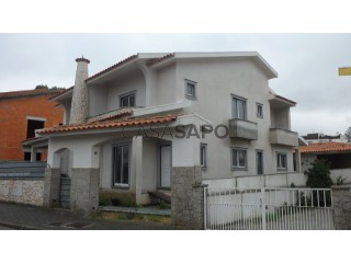 Voir Maison 5 Pièces Avec garage, Oiã, Oliveira do Bairro, Aveiro, Oiã à Oliveira do Bairro