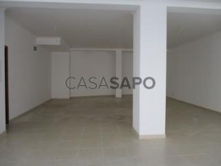 Ver Loja Com garagem, Centro, Oliveira do Bairro, Aveiro em Oliveira do Bairro