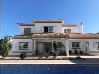 Ver Moradia T6 Triplex Com garagem, Vale de Pedras (Albufeira), Albufeira e Olhos de Água, Faro, Albufeira e Olhos de Água em Albufeira