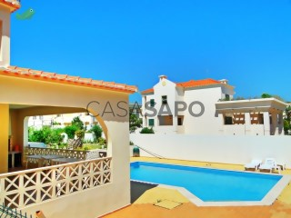 Ver Moradia T5 Com garagem, Montechoro (Albufeira), Albufeira e Olhos de Água, Faro, Albufeira e Olhos de Água em Albufeira