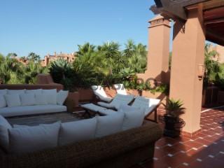 Ver Ático 4 habitaciones, Nueva Andalucía en Marbella