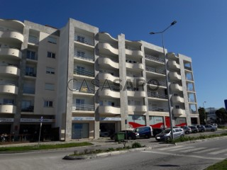 Ver Apartamento 4 habitaciones con garaje, Nossa Senhora do Pópulo, Coto e São Gregório en Caldas da Rainha