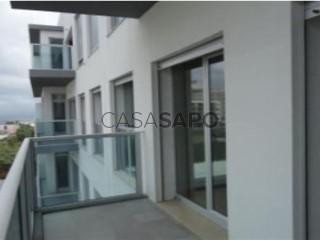 Voir Appartement 2 Pièces Triplex Avec garage, São Gonçalo, Ponta Delgada (São Pedro), São Miguel, Ponta Delgada (São Pedro) à Ponta Delgada