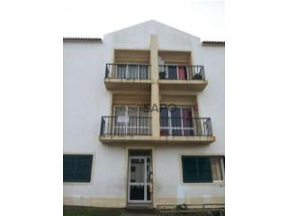 Ver Apartamento T2, Calhetas, Rabo de Peixe, Ribeira Grande, São Miguel, Rabo de Peixe na Ribeira Grande