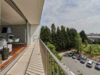 Ver Apartamento T2 com garagem, Lordelo do Ouro e Massarelos no Porto