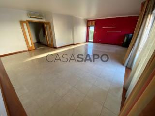 See Apartment 5 Bedrooms, Qta. dos Telheiros (São Vicente), Abrantes (São Vicente e São João) e Alferrarede, Santarém, Abrantes (São Vicente e São João) e Alferrarede in Abrantes