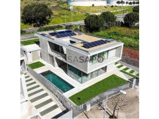 Voir Maison 6 Pièces Duplex, Carnaxide e Queijas, Oeiras, Lisboa, Carnaxide e Queijas à Oeiras