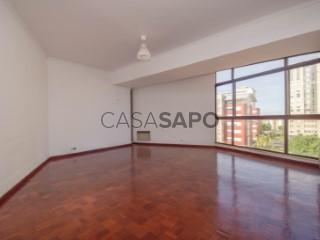 See Apartment 4 Bedrooms, Olivais, Lisboa, Olivais in Lisboa