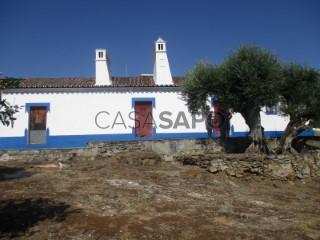 See Alentejo Farmhouse 2 Bedrooms, Vila de Redondo, Évora in Redondo
