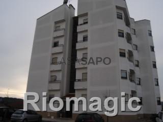 Ver Apartamento 4 habitaciones, Centro, Rio Maior, Santarém en Rio Maior