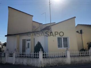 Ver Moradia T3 Com garagem, Centro, Rio Maior, Santarém em Rio Maior
