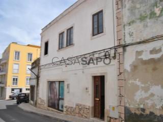 Ver Andar de Prédio T2 Duplex, Centro Histórico, Rio Maior, Santarém em Rio Maior