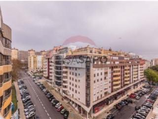 Ver Apartamento T4 com garagem, Lumiar em Lisboa