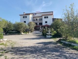 Ver Pension 10 habitaciones, Quinta de Perogil (Santiago Tavira), Tavira (Santa Maria e Santiago), Faro, Tavira (Santa Maria e Santiago) en Tavira