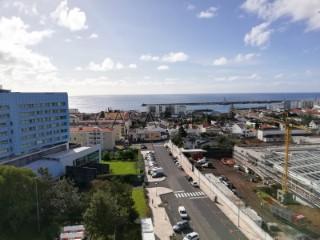 Ver Duplex T4 Duplex Com garagem, Edifício Oceanus, Ponta Delgada (São Pedro), São Miguel, Ponta Delgada (São Pedro) em Ponta Delgada