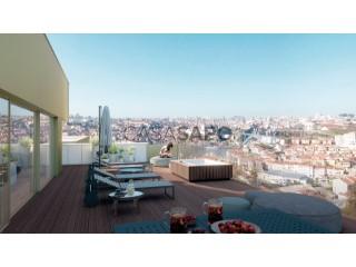 Ver Apartamento T4 com garagem, Santa Marinha e São Pedro da Afurada em Vila Nova de Gaia