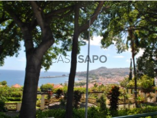 See Apartment 4 Bedrooms With garage, Conde Carvalhal, Funchal (Santa Maria Maior), Madeira, Funchal (Santa Maria Maior) in Funchal