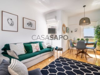 See Apartment 2 Bedrooms, Campolide in Lisboa