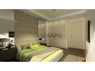 Ver Apartamento T4 com garagem, Charneca de Caparica e Sobreda em Almada