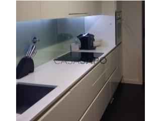 Voir Appartement 3 Pièces Avec garage, Centro Congressos (Vera Cruz), Glória e Vera Cruz, Aveiro, Glória e Vera Cruz à Aveiro