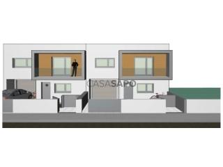 Ver Vivienda adosada 3 hab. + 1 hab. auxiliar, Duplex Con garaje, Quinta Loureiro, Cacia, Aveiro, Cacia en Aveiro