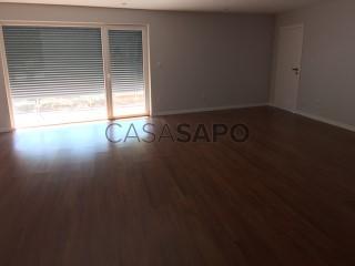Ver Apartamento T2 com garagem, Oeiras e São Julião da Barra, Paço de Arcos e Caxias em Oeiras