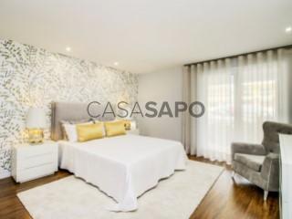 Voir Appartement 5 Pièces avec garage, Oeiras e São Julião da Barra, Paço de Arcos e Caxias à Oeiras