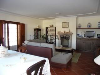 Ver Moradia Isolada T5 Duplex Com garagem, Centro (Vagos), Vagos e Santo António, Aveiro, Vagos e Santo António em Vagos