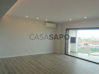 Ver Duplex T3 Duplex Com garagem, Alto das Barreiras (Montijo), Montijo e Afonsoeiro, Setúbal, Montijo e Afonsoeiro no Montijo