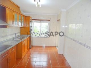 Ver Apartamento T4 com garagem, Seia, São Romão e Lapa dos Dinheiros em Seia