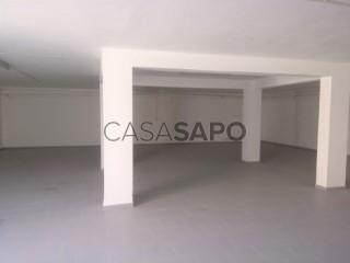Voir Entrepôt, Santana, Sesimbra (Castelo), Setúbal, Sesimbra (Castelo) à Sesimbra