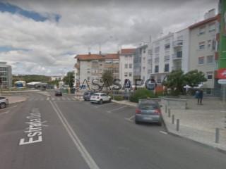 Ver Apartamento T2, Outurela (Carnaxide), Carnaxide e Queijas, Oeiras, Lisboa, Carnaxide e Queijas em Oeiras