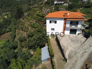 Voir Maison 5 Pièces Duplex Avec garage, Ancede e Ribadouro, Baião, Porto, Ancede e Ribadouro à Baião