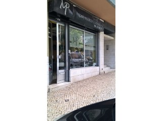 See Commercial , Areeiro in Lisboa