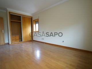 Ver Apartamento 4 habitaciones con garaje, Águas Santas en Maia